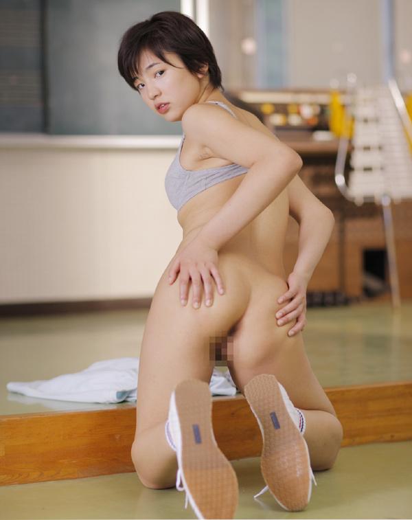 Aida nude Sakura